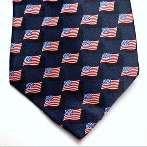 Stonehenge American Flag men's tie, NWT